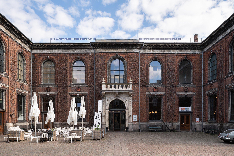 Isabella Martin, <em>Keeping Time</em>, 2019. Afgang 2019, Kunsthal Charlottenborg. Foto af David Stjernholm.