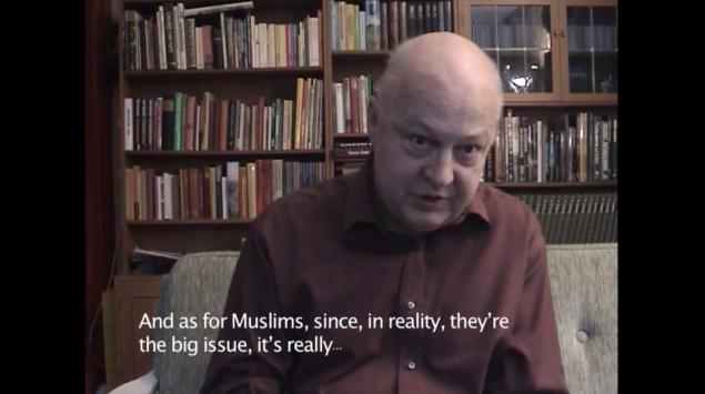 Johan Tirén. Stilbilleder fra videoinstallationen Vi siger hvad I tænker. Pressefoto