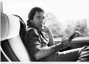 Leonard Cohen – A Crack In Everything